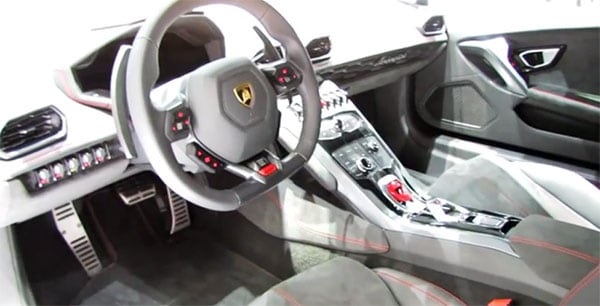Interior of the Huracan