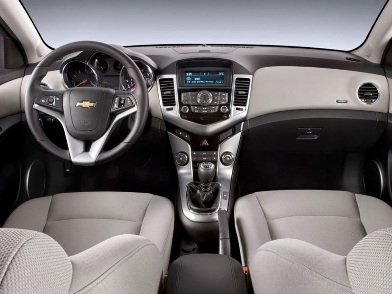 Features in the 2015 Chevrolet Cruze