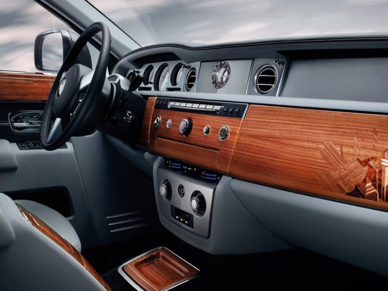 Rolls Royce Phantom Features