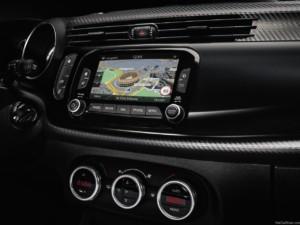Alfa-Romeo-Giulia-2016-Features