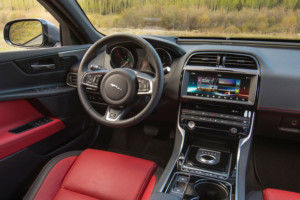 2017-jaguar-xe-features